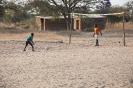 Waisenkinder beim Spielen_11